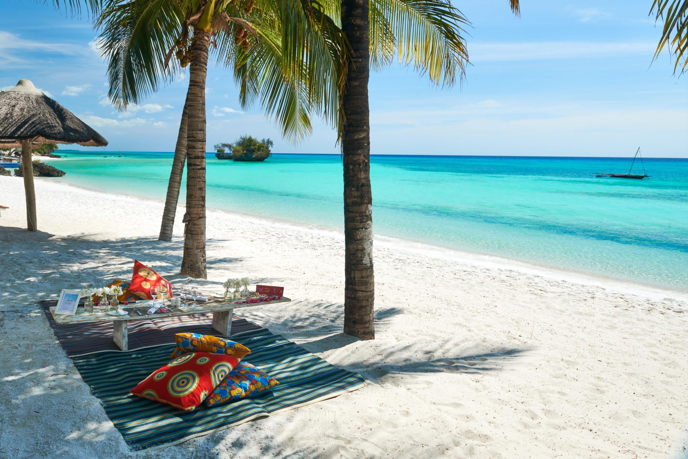 康斯丹喜迎第八家印度洋海岛酒店